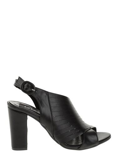 Derigo Kalın Topuklu Ayakkabı Siyah